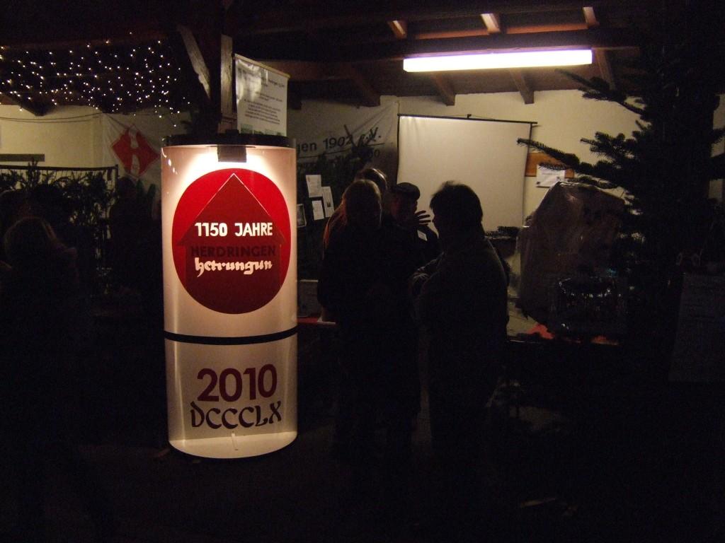 2010 wurde Herdringen 1150 Jahre alt - Infostand auf dem Weihnachtsmarkt